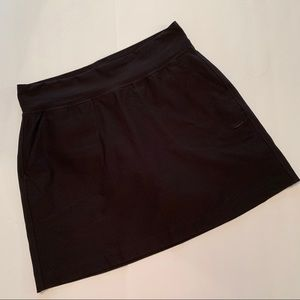 Nike Golf Black Skirt/Skort Size Medium